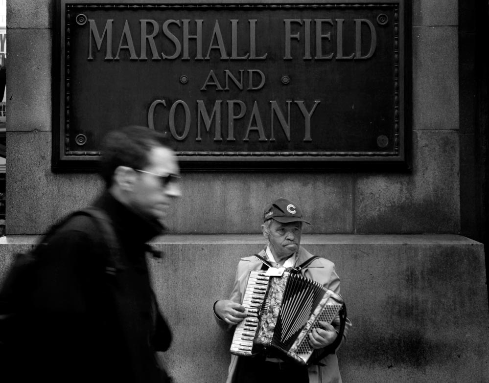 chicago accordion player picture photo